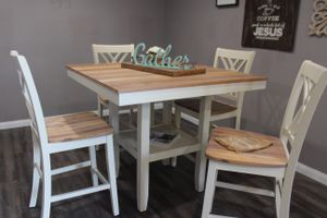 Beautiful Bar Height Table Set (5 Pc) for Sale in Houston, TX