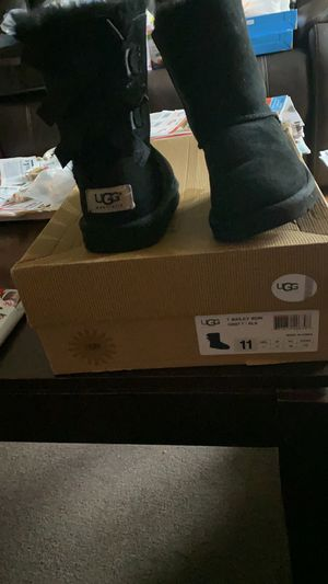 Ugg end Michael Kors boot for Sale in Orlando, FL