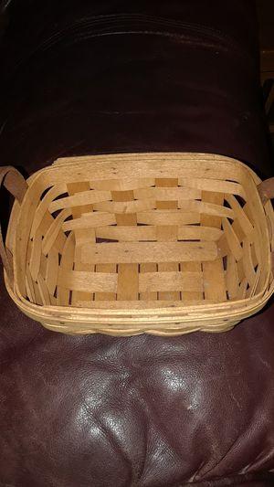 Small Longaberger basket for Sale in Port Charlotte, FL