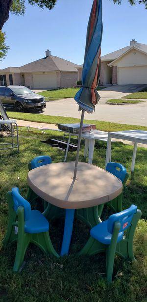 Step 2 kids table for Sale in Grand Prairie, TX