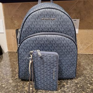 Michael Kors Backpack SET NAVY LARGE BAG for Sale in Fort Worth, TX