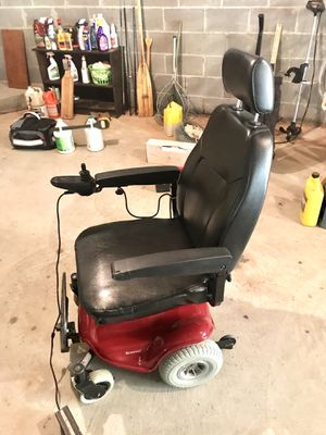 Streamer Shoprider Motorized Chair for Sale in Smoke Rise, GA
