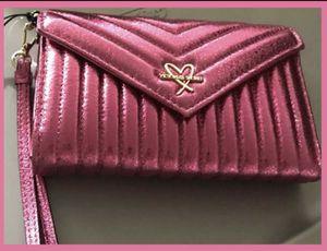 Victoria's Secret Wallet-NWT for Sale in Phoenix, AZ