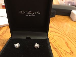 1/2 carat diamond earrings for Sale in North Springfield, VA
