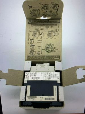 Square D tesys 125 volt control relay 3 no 2 NC CAD32GD for Sale in Perris, CA