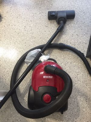Hoover canister vacuum cleaner for Sale in Litchfield Park, AZ