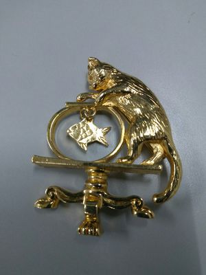 Adorably Lovely Vintage Pin/Brooch of a Cat trying to catch a fish from a fish bowl. for Sale in Chicago, IL