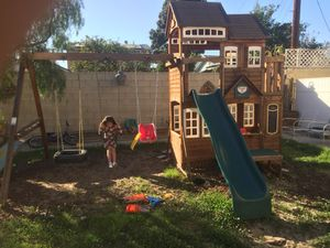 Swingset clubhouse for Sale in Los Angeles, CA