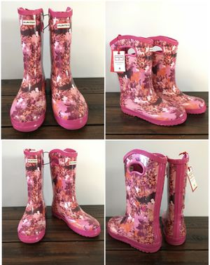 NWT Kid's Rain Boots/Waterproof Boots in Patterned Pink Sz 4 & 5 for Sale in West Covina, CA
