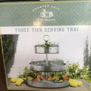 Country Chic 3 Tier Serving Tray New for Sale in Pineville, LA