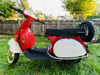 2004 Bajaj Chetak Scooter for Sale in Portland,  OR