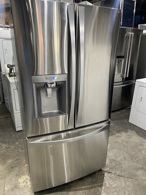 Kenmore elite refrigerator 36 x 69x 23 1/2 stainless steel works perfect clean one receipt for 60 days warranty for Sale in Salem, MA