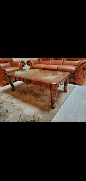 Coffee table for Sale in Woodburn, OR