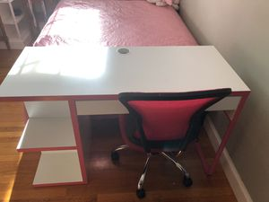 Ikea desk and chair for Sale in MONTGOMRY VLG, MD