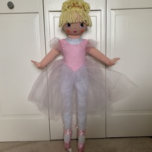 """Large 35"""" Doll for Sale in Algonquin, IL"""
