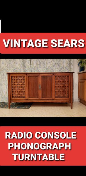 Vintage Sears silverton radio console phonograph turntable for Sale in Las Vegas, NV