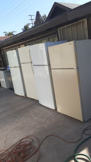 fridges refrigerator kenmore for Sale in San Bernardino, CA