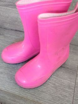 Girls Pink Rain Boots for Sale in Tacoma,  WA