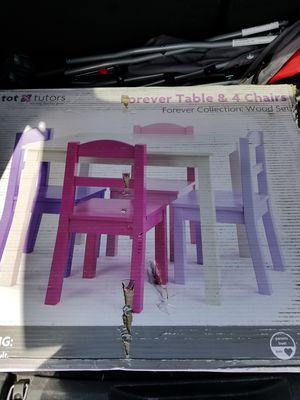 Child table for Sale in West Palm Beach, FL
