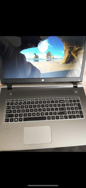 Hp notebook 17.3 windows 10 for Sale in Chicago, IL