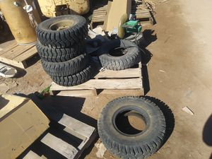 600-9 forklift tires. $35 each or $100 for 4. for Sale in Casa Grande, AZ