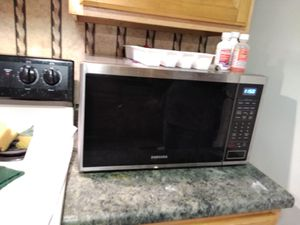 Samsung Microwave for Sale in Centreville, VA