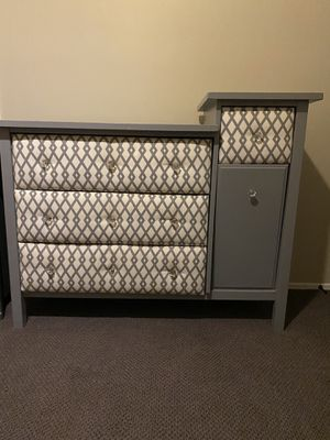 Grey & White Dresser for Sale in Upland, CA