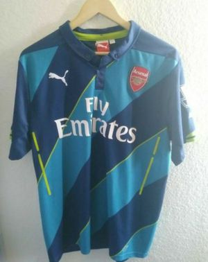 Puma Arsenal #11 Ozil jersey men size large for Sale in Moreno Valley, CA