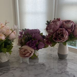 Flower Decor With Vases (3) for Sale in Costa Mesa, CA