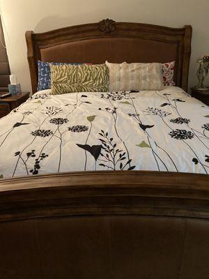 5 piece Bedroom Set! for Sale in Temecula, CA