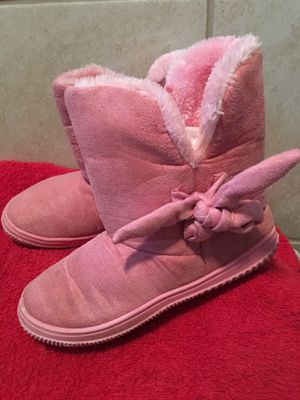 Good condition girl pink boots size 2/3 $30 for Sale in Mesquite, TX
