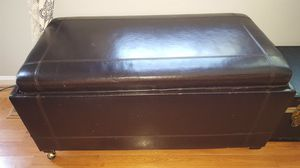 Leather ottoman for Sale in Fairfax, VA