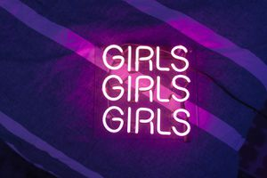 'Girls Girls Girls' Pink Neon Sign for Sale in West Hollywood, CA