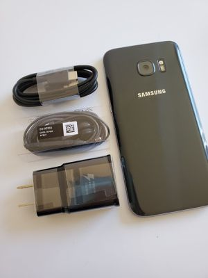 Samsung Galaxy S7, Factory Unlocked phone,works perfectly, Excellent condition like new for Sale in Springfield, VA