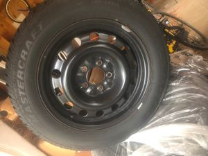 """16"""" Black Steel Rims w/ mounted snow tire for Sale in Canton, CT"""