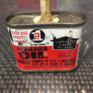 Small Collector oil Can for Sale in Milton, FL