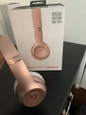 Beats Solo3 Wireless On-Ear Headphones for Sale in San Jacinto, CA