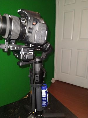 BRAND NEW RONAN S CAMERA STABILIZER for Sale in Palmdale, CA