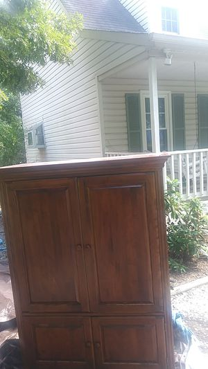 Real cherry oak wood TV stand for Sale in Midlothian, VA