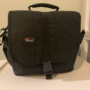 Lowerpro Camera Case for Sale in Independence, OH
