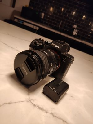 Sony A7iii Bundle w/ 20mm Gmaster for Sale in Los Angeles, CA