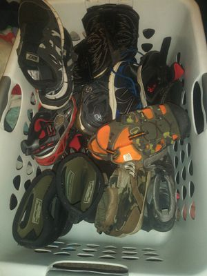 Free used shoes size 3.5 -4.5 boys youth for Sale in Lithia Springs, GA