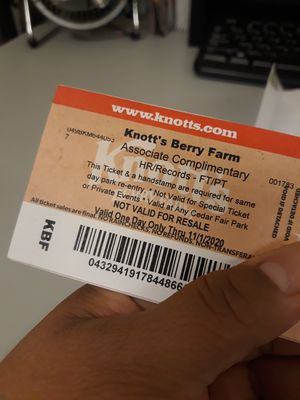 KNOTTS BERRY FARM TICKETS... $45 EACH.... I HAVE 4 LEFT!! for Sale in City of Industry, CA