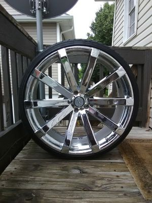 Rims and tires 24 inch 245/30/24 bolt pattern 5x115 for Sale in Wichita, KS