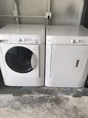 "Kenmore white set of front load washer and dryer heavy duty capacity 27"" Wide 36"" Tall in excellent condition plus 6 months warranty. Delivery servic for Sale in Pompano Beach, FL"
