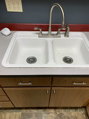 Sink and faucet for Sale in Fife, WA