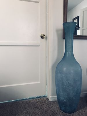 Vase for Sale in Manhattan Beach, CA