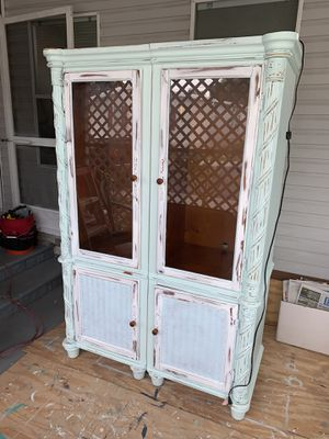 Set of Tommy Bahama style cabinets for Sale in Largo, FL