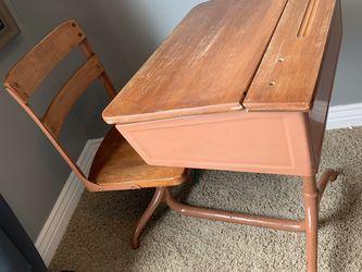 Old School Style Desk for Sale in Woods Cross,  UT
