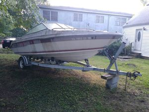 1989 20FT SeaRay Boat w/ Easy lift trailer/DYI project for Sale in Virginia Beach, VA